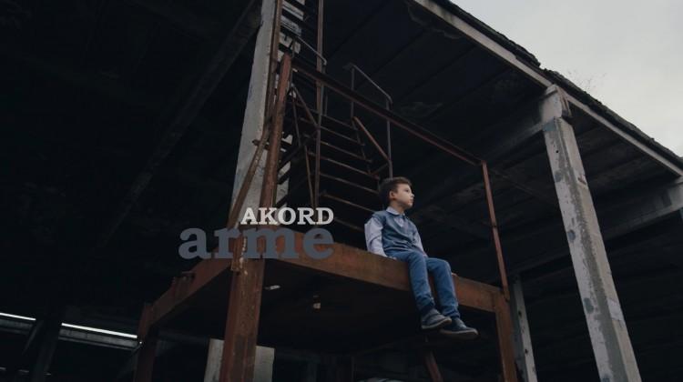 AKORD – Arme